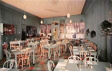 WAUKESHA, WI  Wisconsin     GOFF'S RESTAURANT Interior    Roadside 1958 Postcard