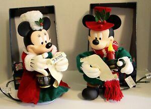 "SANTA'S BEST Disney' Christmas 11"" ANIMATED CAROLING MICKEY & MINNIE figures."