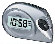 Réveils et radios-réveils numériques gris pour la cuisine