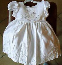 robe blanche satinée 2 ans baptême cérémonie mariage
