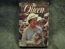 The Queen Ann Morrow 1983 Hardcover Book William Morrow & Company Publishing