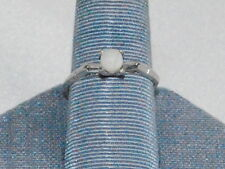 10K White Gold Ring with a Pearl