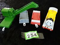 TOMY TRACKMASTER THOMAS RAILWAY BREAKDOWN CRANE & RAIL TRUCK , Train BUNDLE