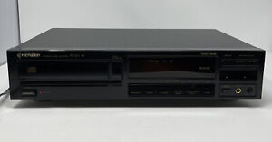 Pioneer Compact Disc Player PD-101 * Tested And Working *
