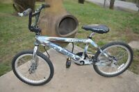 VTG ''REDLINE DOUBLE X''  BMX Bicycle RARE with Monster Forks **PRICE REDUCED**