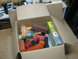 Various HO Scale Train Cars - Box Cars - Freight Cars - Caboose - etc...