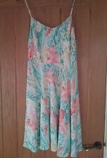 PASTEL FLORAL DRESS. SHOESTRING STRAPS V NECK SIZE LARGE. BODICE BACK OLD NAVY