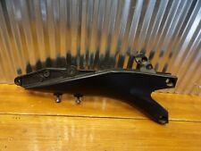 06-07 Suzuki GSXR600 GSXR750 RIGHT SEAT RAIL TAIL FRAME BRACKET 41211-01H00-YAP