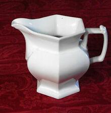 Grande cruche à Eau hexagonale en porcelaine XIXème