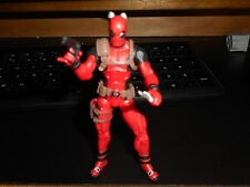 Marvel Universe Deadpool 2011 from Greatest Battles Comic Pack, complete w comic