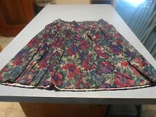 CB woman's size 20wp 2 piece dark green skirt and top