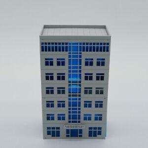 Outland Models Modelleisenbahn Modernes Bürogebäude Spur N