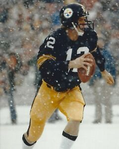 TERRY BRADSHAW 8X10 PHOTO PITTSBURGH STEELERS PICTURE NFL FOOTBALL IN THE SNOW