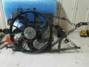 HOLDEN VECTRA 2001 JR JS RADIATOR COOLING THERMO FAN GENUINE