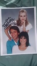 PRISCILLA BARNES SIGNED THREES COMPANY CAST 8X10 PHOTO