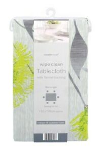 Rectangle Party Table cloth PEVA Wipe Clean Table covers with Flannel backing
