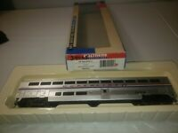 As is Walthers Amtrak Superliner I coach CAR 932-6101 Amtrak Phase 2  34005 used