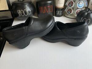 Nurse Mates Womens Sabrina Clog Shoes Black Leather Slip On  Pillow Top 7.5 M