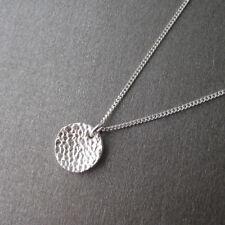 Collier pendentif pastille martelée en argent 925 C071