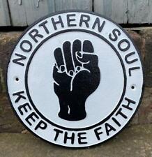 Signo de pared de hierro fundido-Soul del norte-Mantenga La Fe - 24cm-Música y Danza