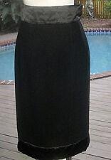 Chanel Blk Wool Skirt Signature Look In Blk Silk Quilted Waist+Hem FR36 4 S