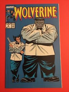 Wolverine #8 in near perfect condition with The Hulk Joe Fixit Marvel Comics