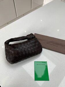 New Bottega Veneta Mini Jodie Top Handle Woven Bag In Fondant