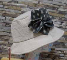 Dents Ladies Cream Wool Blend Bucket Hat Grey Flower Fleece Lining One Size