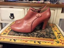 Miz Mooz  Women's distressed Tan leather side zip heel Ankle Boot Sz 10