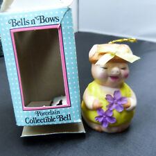 Collectible Giftco Bells n' Bows Cute Pig Christmas Ornament Ceramic Bell (b22)