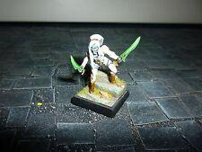 Dunkelelfen Kriegerin Assassinin - Dark Elf Warrior Assassin - Pro Painted