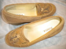 SODA LT. BROWN LEATHER WEDGE TASSEL LOAFERS, SZ 7, NEW