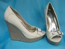 Charlotte Russe Size 8 Wedge Heel Peep Toe Cream / Off White