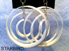 WHITE MOTHER OF PEARL CARVED ROUND  DANGLE EARRINGS 80's VINTAGE