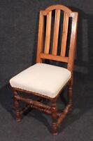 Stuhl Barock um 1750, Kirschbaum, restauriert und neu gepolstert #2328