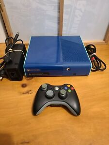 Microsoft Xbox 360 - 500gb Special Edition Blue/Teal Console