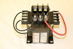 Square D 9070TF500D1 Industrial Control Transformer