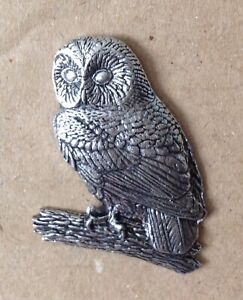Tawny Owl Silver Pewter Pin Badge - Great Detail And Quality