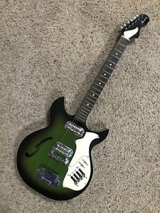VINTAGE HARMONY H82G REBEL GREEN HOLLOW BODY ELECTRIC GUITAR & CASE NICE 1969