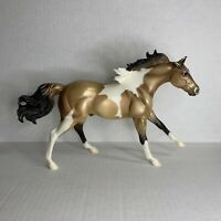 Breyer Horse 940 Frolicking Stallion American Quarter Horse Buckskin Paint
