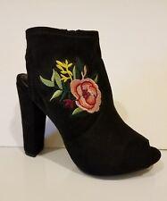 New Women Wild Diva  Peep Toe & Heel Rose Embroidered Chunky Heel Bootie 6.5
