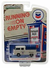 1:64 GreenLight *RUNNING ON EMPTY R2* CHEVRON = 1968 VW Double Cab Pickup NIP