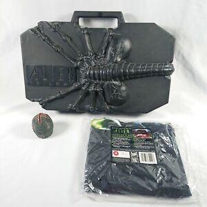 Rare Alien Trilogy VHS Video Deluxe Collectors Facehugger Case Box Set & T-Shirt