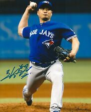 SEUNG HWAN OH signed 8x10 photo TORONTO BLUE JAYS WITH COA