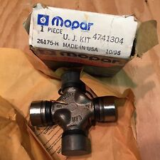DODGE PLYMOUTH CHRYSLER NOS MOPAR UNIVERSAL  U JOINT KIT PART# 4741304