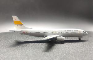 1:400 Panda TNI ANGKATAN UDARA BOEING 737-400 Passenger Airplane Diecast Model