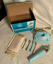 Vintage 1960s GE AUTOMATIC cordless TOOTHBRUSH TB-67 New in Box UNUSED RARE