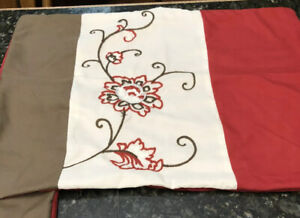 Pair Of Brown Red Standard Pillow Shams Floral Embroidery Detail 19.5x26""