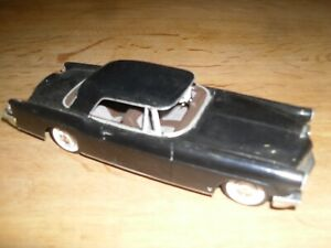 1956 Lincoln Continental Mark11 1:30 Scale Plastic Model Built Kit
