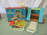 Fisher Price Little People Play Family 990 H Frame House Chalet Box set ladder